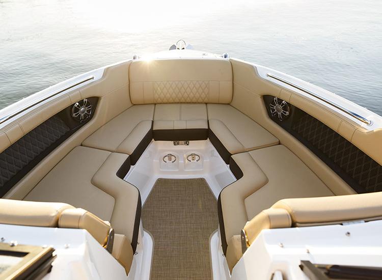 RaySea-Motorboot-Ausstattung