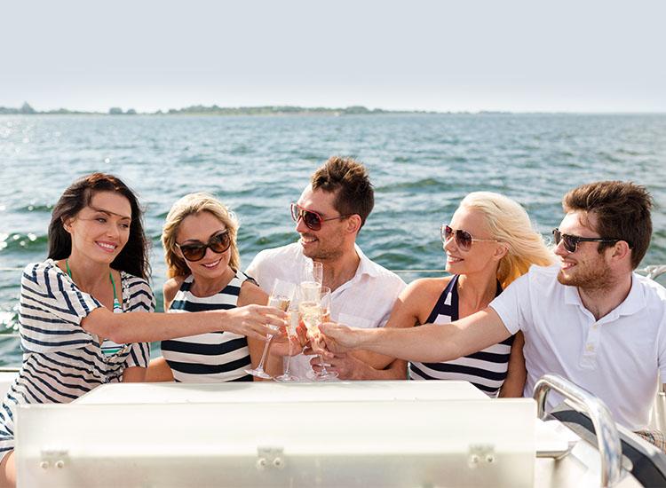 RaySea-Motorboot-Freunde